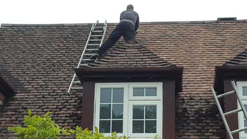 On Roof - Bournemouth Roofing Dorset